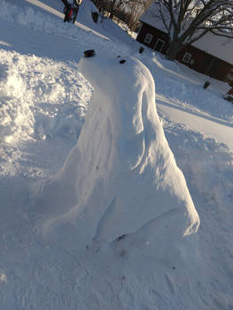 Snow-sculpture: Cocker Spaniel other side