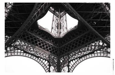 Tour Eiffel by misscroft