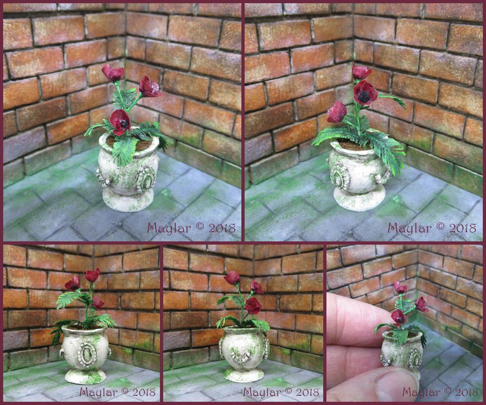 Magical Plant Miniature - 03 Carasacea by Maylar