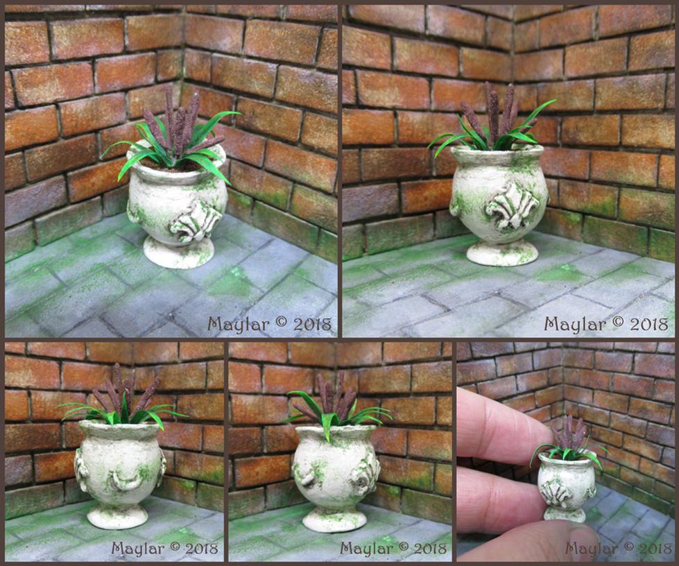 Magical Plant Miniature - 06 Pockygata by Maylar