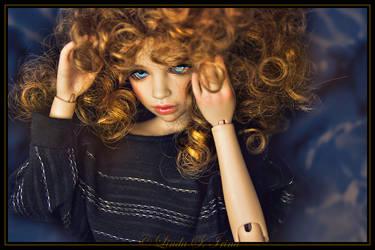 LOTS OF HAIR!! by havaintoharha