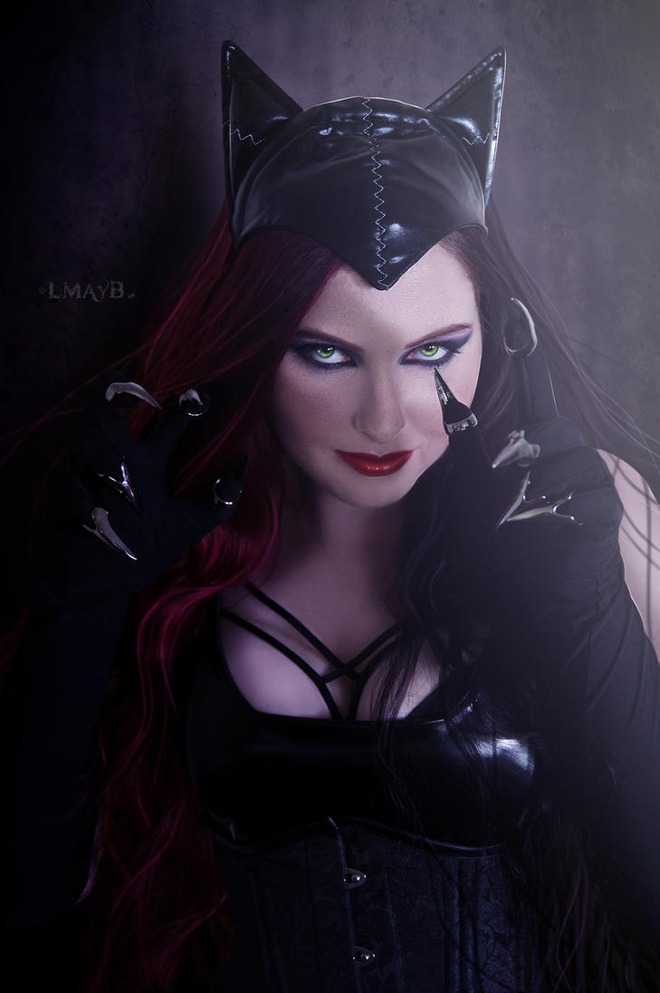 I am Catwoman. Hear me roar. by misspoisoncandy