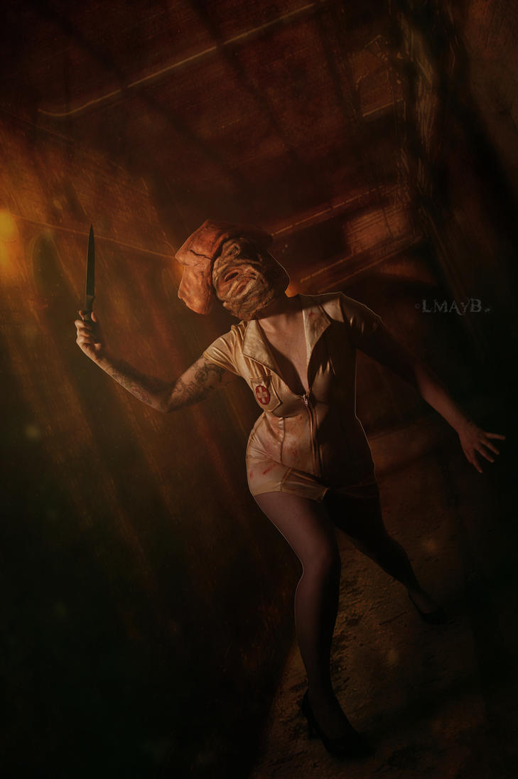 Silent Hill Nurse by misspoisoncandy