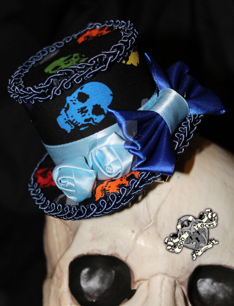 Skulls with blue by chaotics