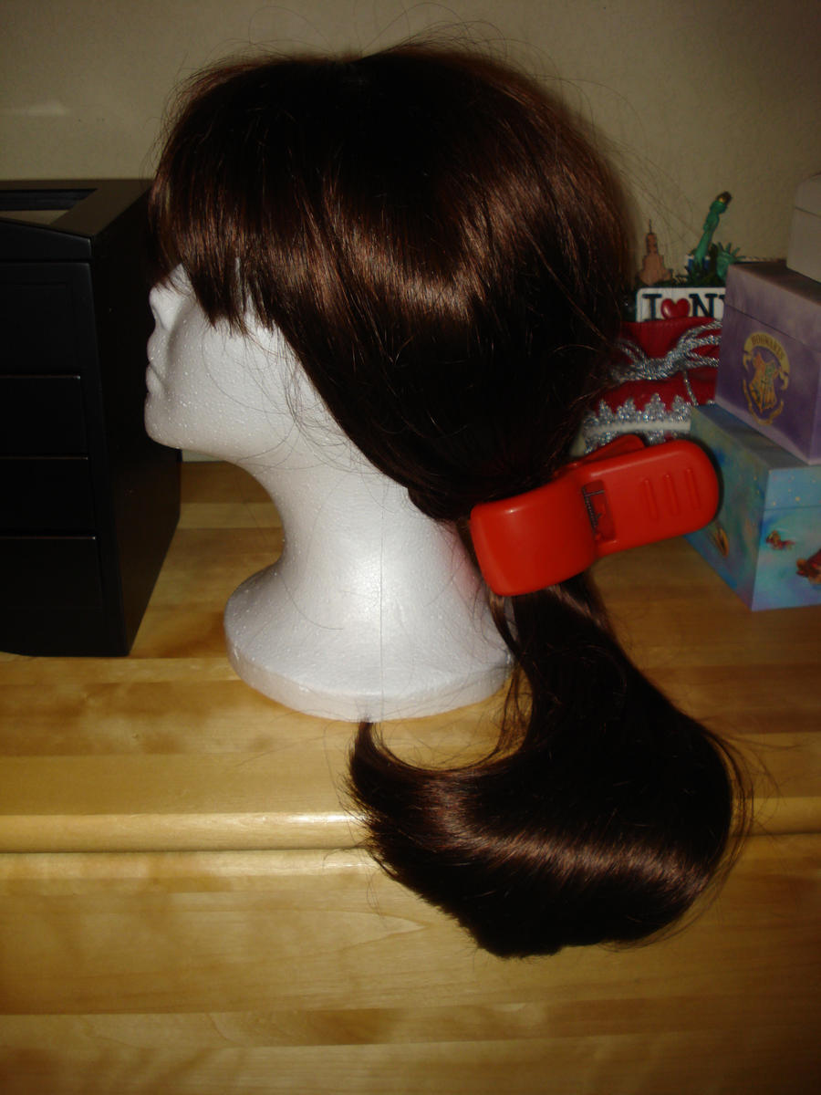 how to put on a wig cosplay