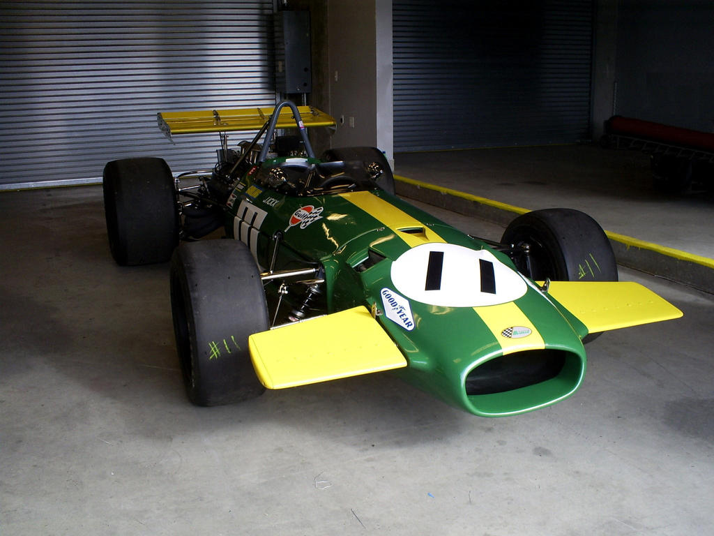 F1 Brabham BT26 Jacky Ickx 69 by Partywave