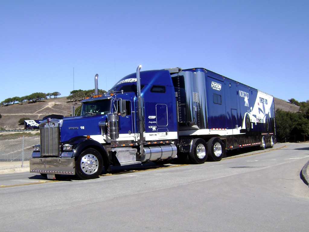 Kenworth big rig truck Porsche by Partywave