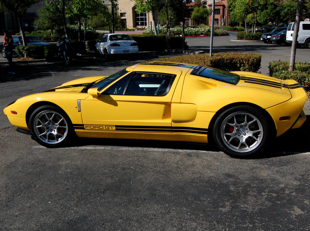ford gt in yellow and black by partywave on deviantart. Black Bedroom Furniture Sets. Home Design Ideas