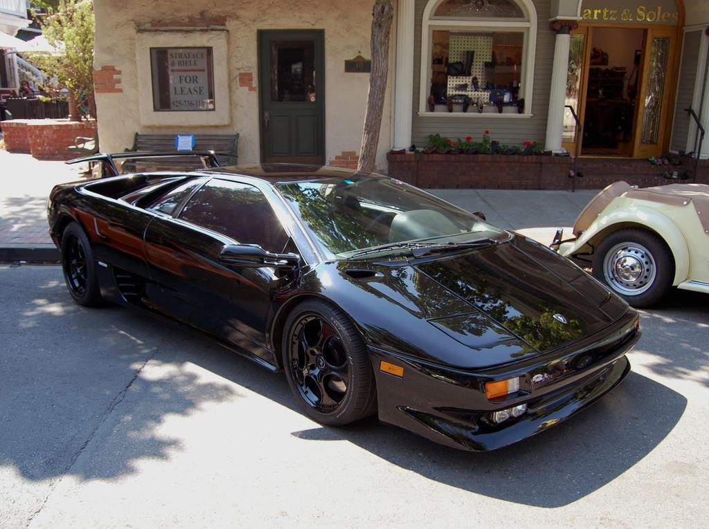 Lamborghini Diablo Black