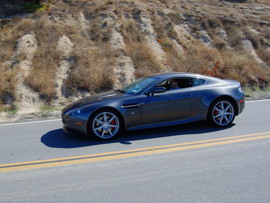 2010 Aston Martin V8 Vantage by Partywave