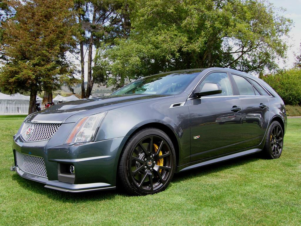 at sale v sport debuts show cadillac drivencarreviews com cts wagon auto for ny