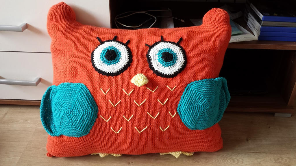 Owl want to cuddle!