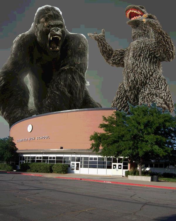 Godzilla VS King Kong by NordRonnoc