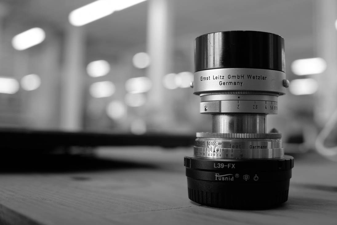 Leitz 50mm collapsible summicron in B and W