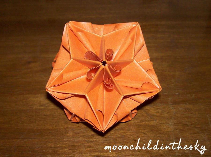 origami2 by MoonchildinTheSky