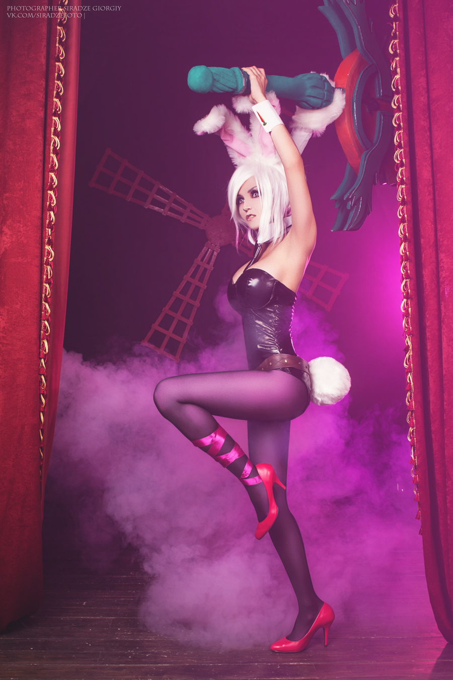 League of legends - Battle Bunny Riven by Siradze