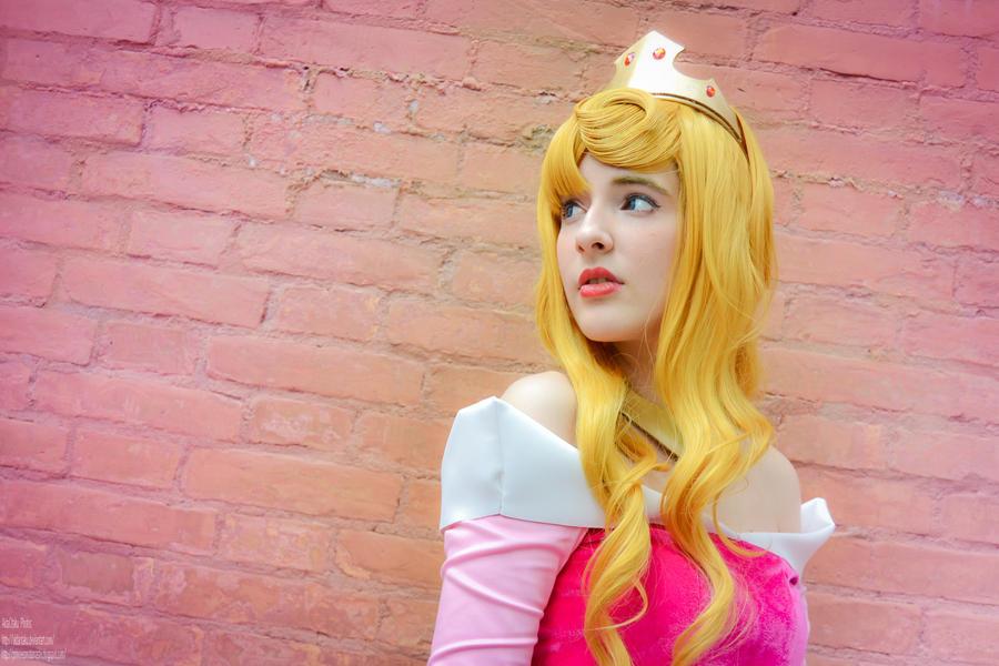 Sleeping Beauty - Bewitched by AidaOtaku