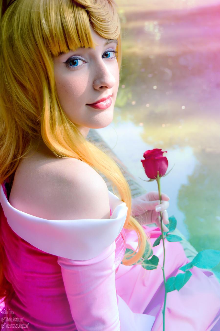 Sleeping Beauty - My eyes, my Heart by AidaOtaku on DeviantArt Sleeping Beauty Aurora Eyes