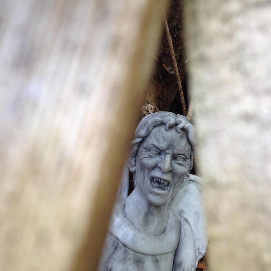 Sinister Statue by frasierdalek