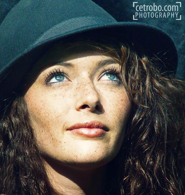 Blue hat by cetrobo
