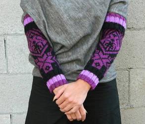 Hand knit arm warmers scandinavian knitting black