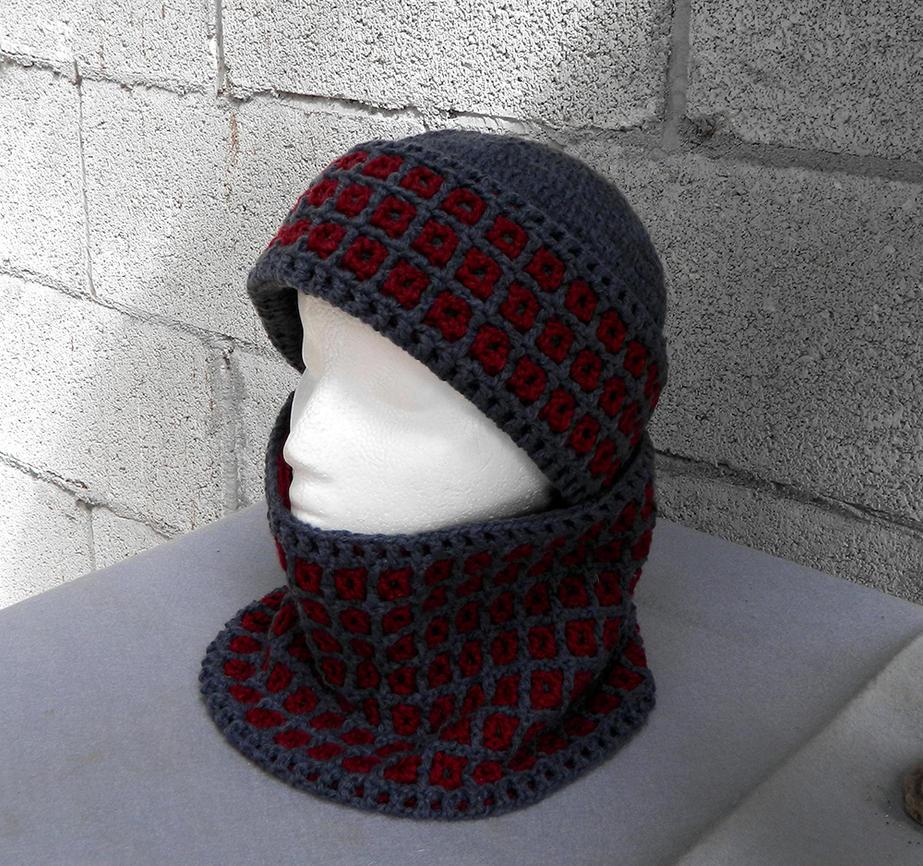 Fashionable interlocked crochet hatand scarf gray by YANKA-arts-n-crafts