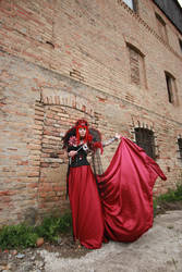 STOCK Red queen III