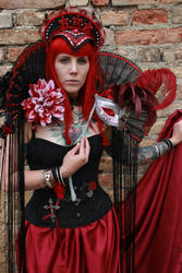 STOCK Red queen V