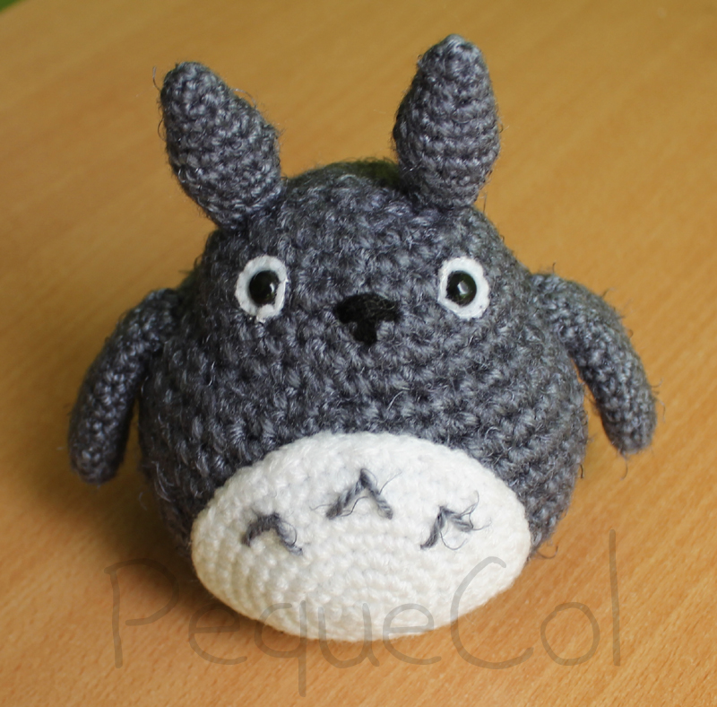 Amigurumi Totoro Ohje : Totoro amigurumi! by PequeCol on deviantART
