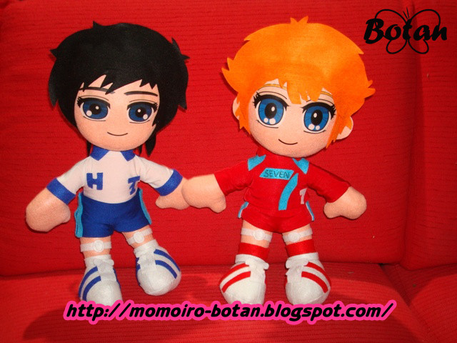 Mila and Shiro plush version by Momoiro-Botan