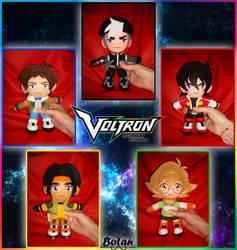 Team Voltron plushie! by Momoiro-Botan