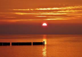 dawn and dusk by Dieffi