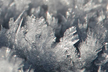 ICE CRYSTAL by Dieffi