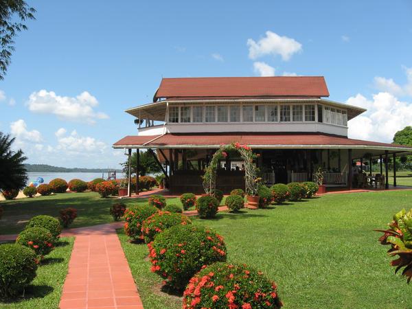 Baganara Island Resort