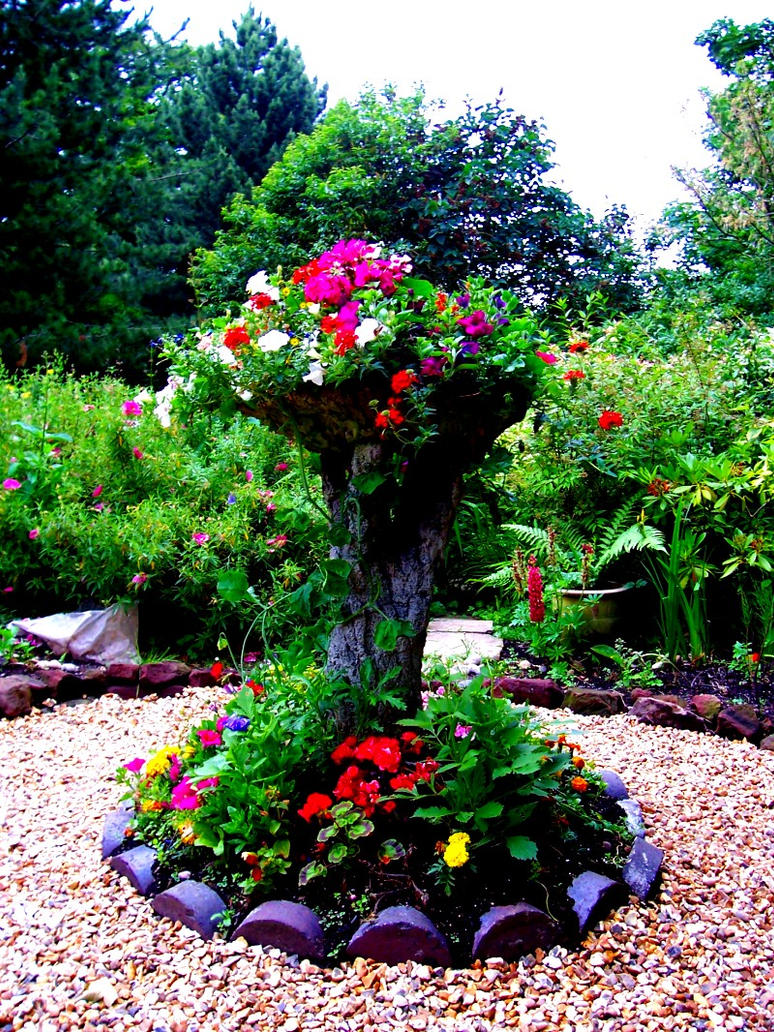 Tree Flower Bed
