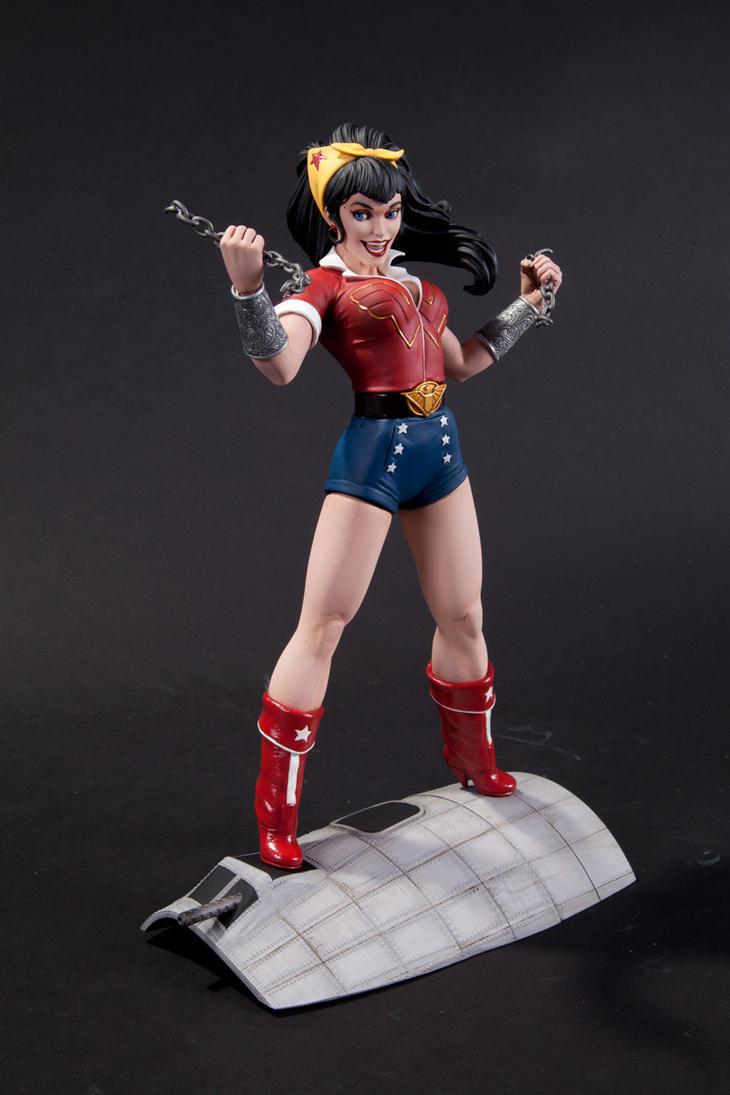 Bombshell Wonder Woman by TKMillerSculpt