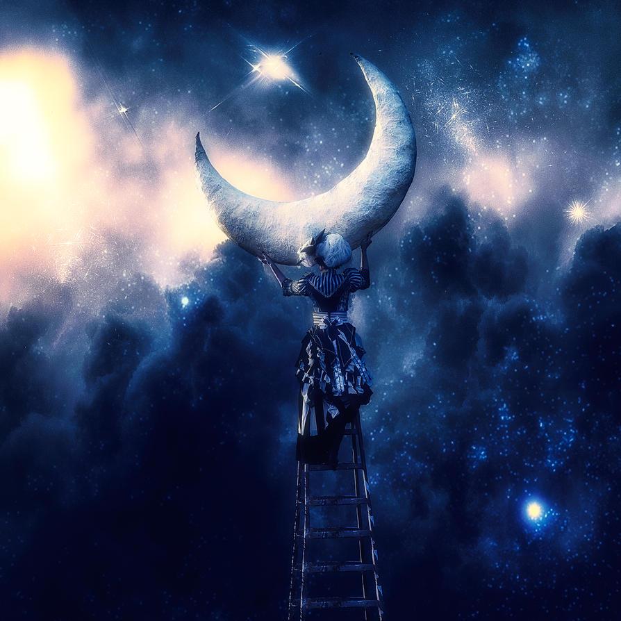 Moon by TeeKeeuS87