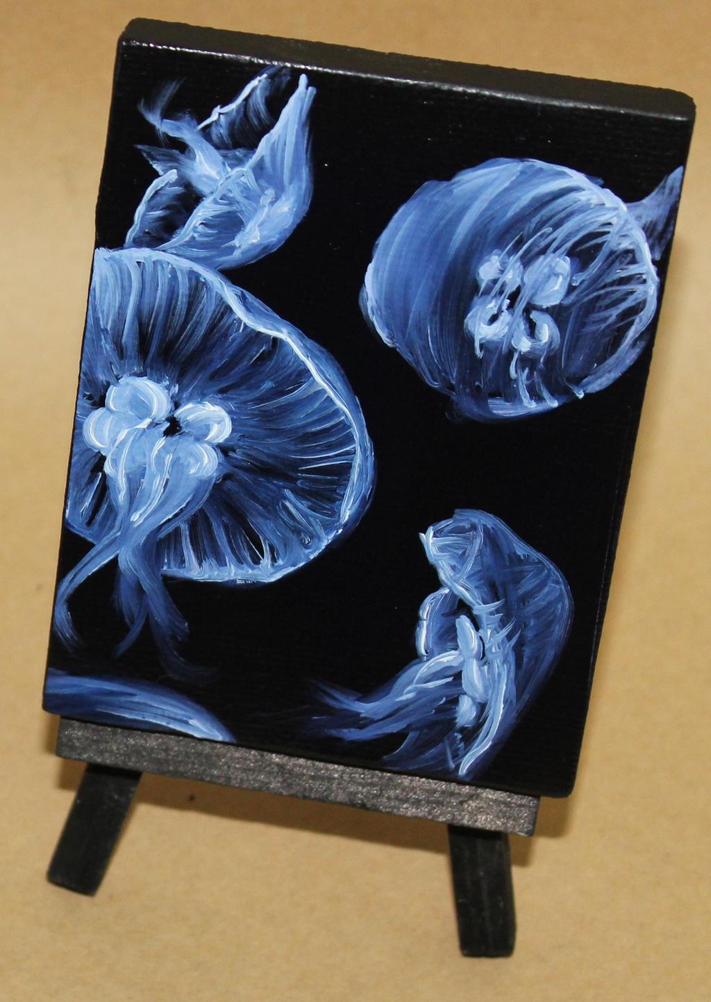 Mini Moon Jellyfish by crazycolleeny