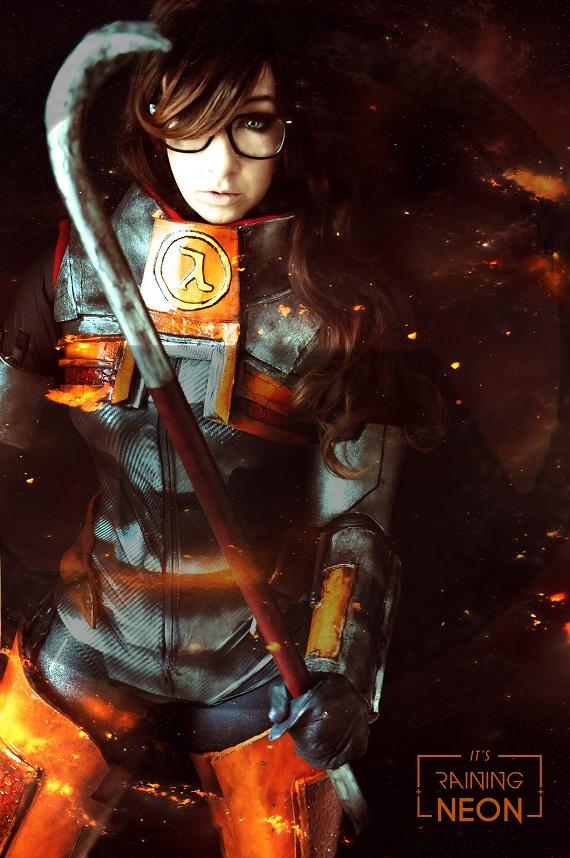 Gordan Freeman- cosplay by Its-Raining-Neon