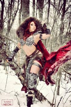 Winter Red Sonja cosplay