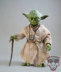 Jedi Master Yoda 6 in. Black Series Action Figure