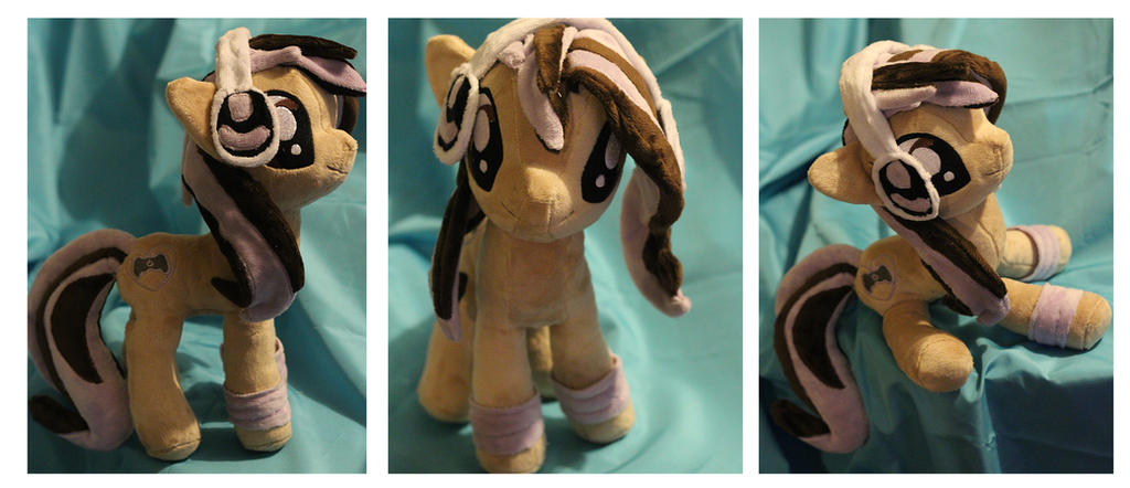 GG Luminary OC plush by buttsnstuff