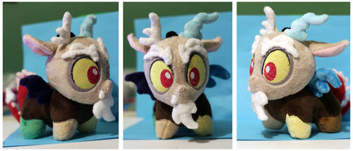 Chibi Discord Plush by buttsnstuff