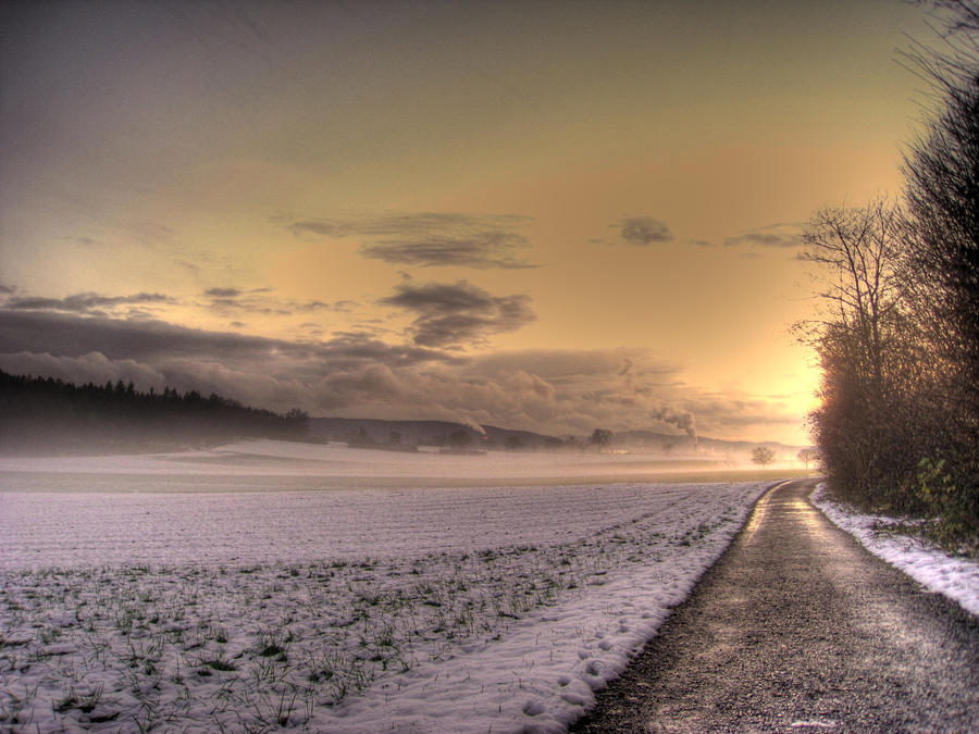 Winter Sunset by kkeman