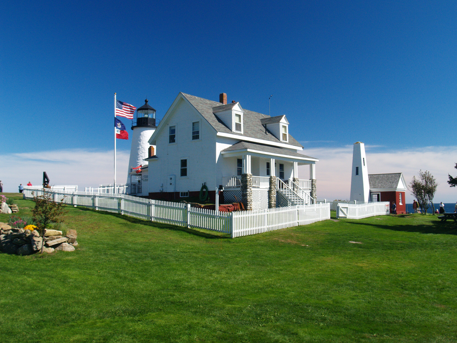 Summer at Pemaquid Point by davincipoppalag