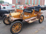 1910 Ford Model-T Touring Car