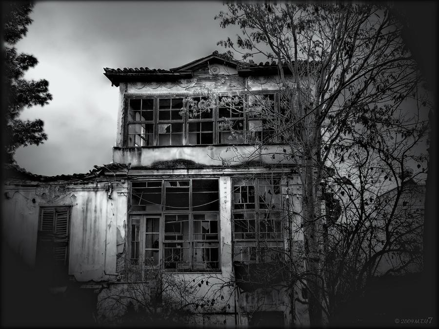 summary of the empty house by walter de la mare