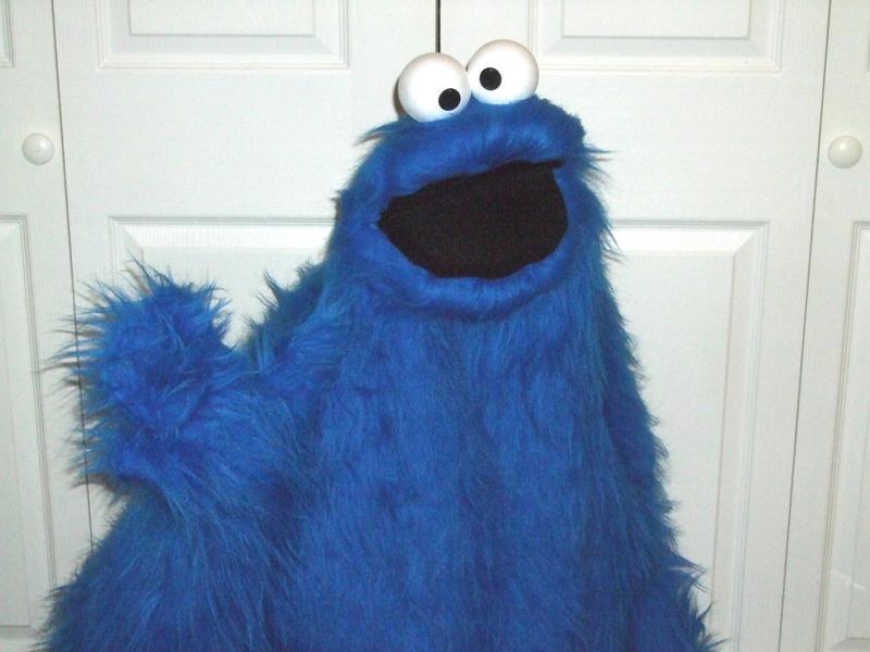 Make Cookie Monster Cake
