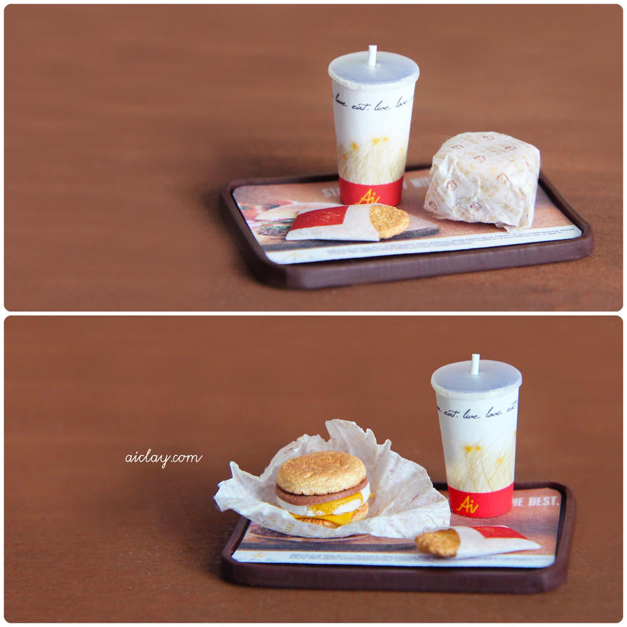 A miniature egg-muffin breakfast set. by Aiclay