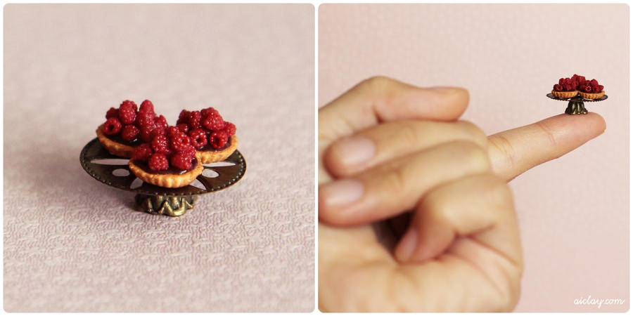 Miniature raspberry tartlets. by Aiclay
